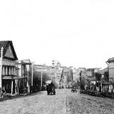 Улица Херсонская (ныне Дзержинского), второе слева здание – манеж для выездки лощадей, в последствии – кинотеатр им. М.С. Щепкин