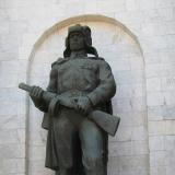 Памятник советскому солдату (с автоматом)