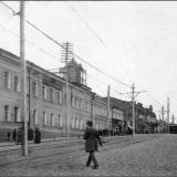 Московская улица от Красной площади. Слева - Губернская почтовая контора, учреждена в Курске в 1830 году.