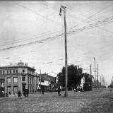Красная площадь, вид на Московскую (ныне - Ленина) улицу.