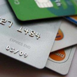 Курянка потеряла 52 тысячи рублей, пытаясь приумножить баланс банковских карт