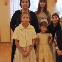 Автомобиль «Лада Ларгус» получила в День матери многодетная семья Кузнецовых