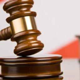 Курскую самогонщицу оштрафовали за попытку дать взятку участковому