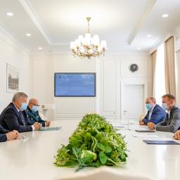 Губернатор Курской области встретился с федеральными таможенниками